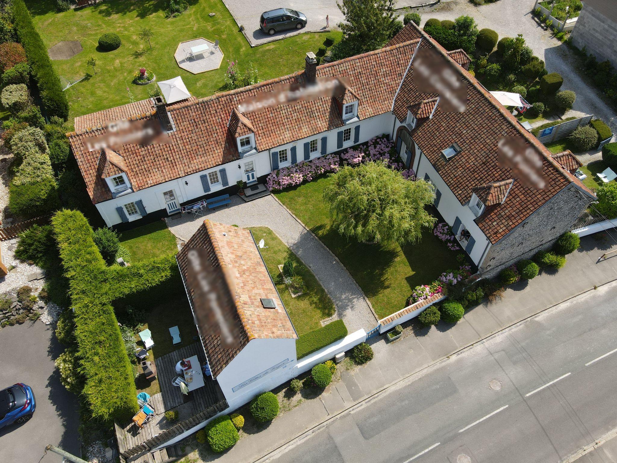 Vente 4 gîtes - 25 places au total à Neufchâtel-Hardelot à 7 km de la mer (62152)