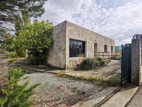 Vente Local d'activité / Entrepôt, 330 m2 à Valence (26000)