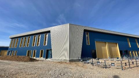 Vente Local d'activité / Entrepôt, 382 m2 à Saint-Bonnet-de-Mure (69720)