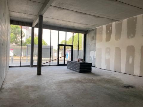 Vente Local commercial , 138 m2 à Lormont (33310)