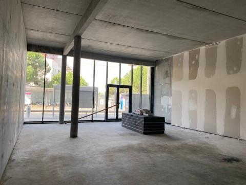 Vente Local commercial , 160 m2 à Lormont (33310)