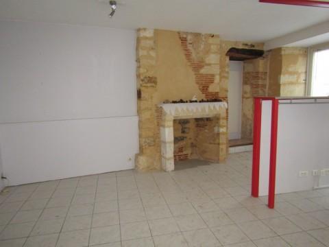 Vente Local commercial , 160 m2 à Le Bugue (24260)