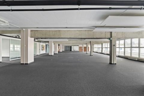 Vente Bureaux de 800 m2 en attique à usage administratif et commercial à Bussigny en Suisse