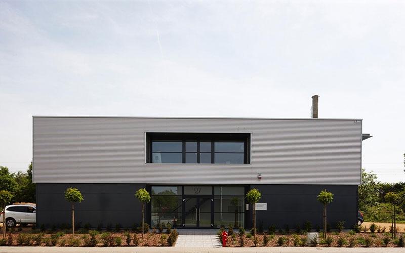 Vente Bâtiment industriel bureaux + entrepôt / atelier à Nivelles (1400) en Belgique