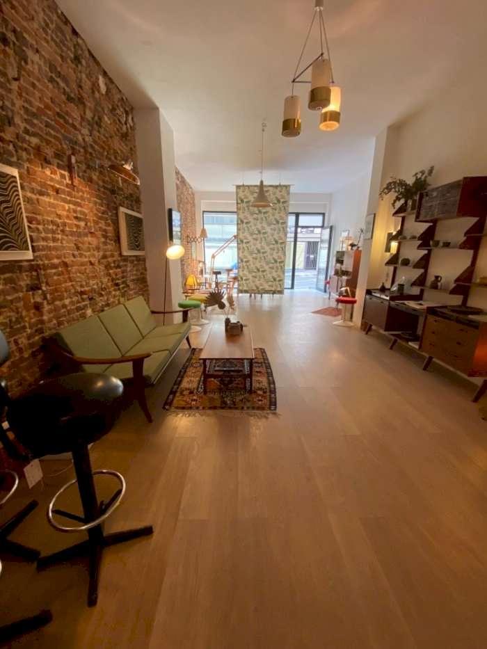 Vente Commerce de 65 m² en cours de rénovation à Ixelles en Belgique