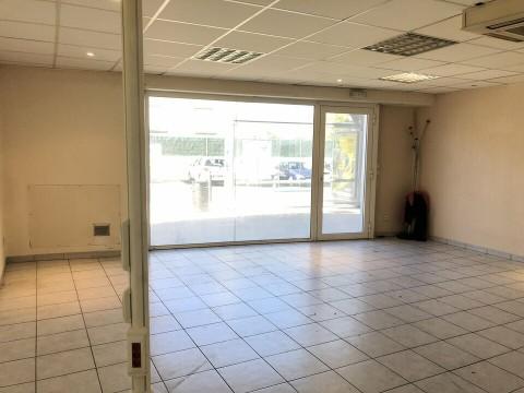 Vente Local commercial , 52 m2 à Marseille 4ème (13004)