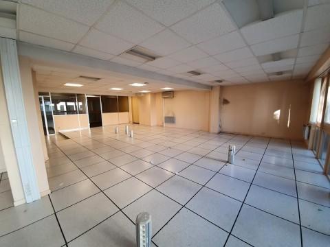 Vente Bureaux / Locaux professionnels, 214 m2 à Rennes (35000)