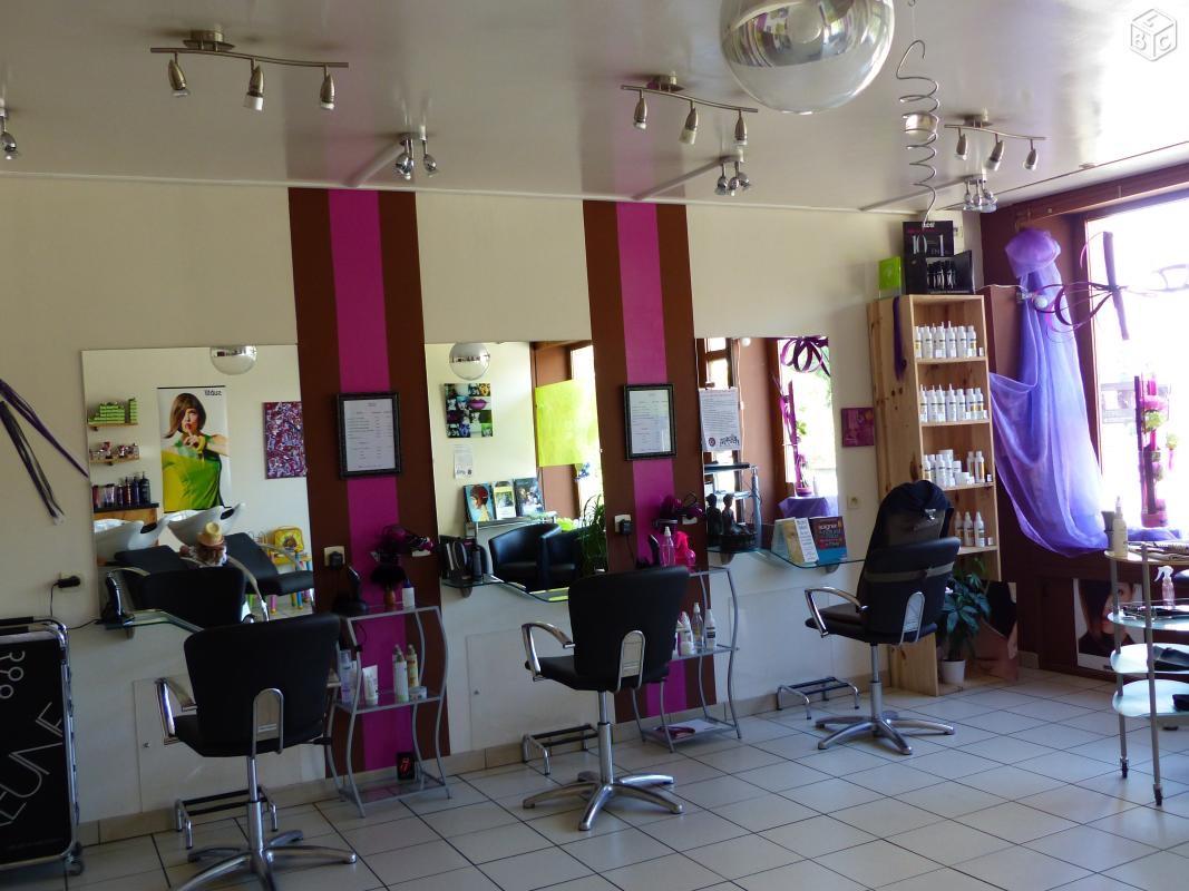Salon de coiffure a poitiers coiffures modernes et - Salon de the poitiers ...