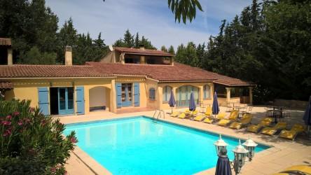 Vente Bar, Hôtel restaurant 3* de 13 chambres avec piscine et salle de séminaire à Le Val dans une zone touristique (83143)