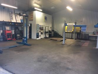 Vente Garage automobile, 300 m2 dans le Cantal (15)