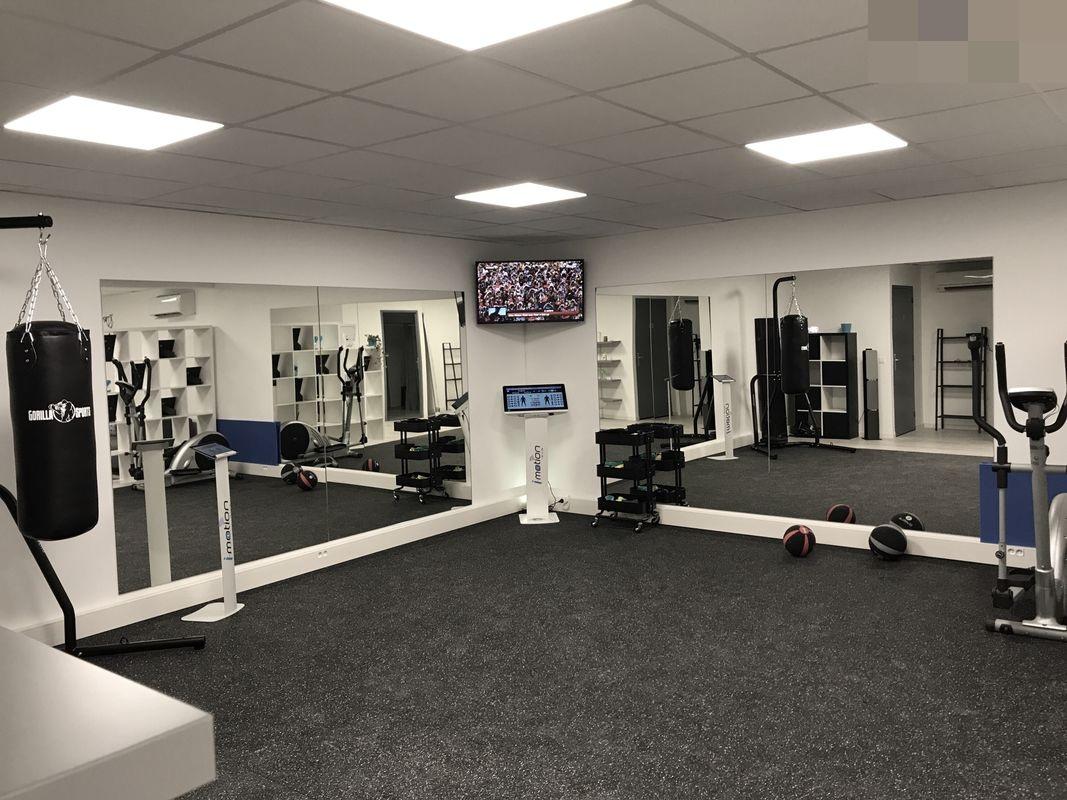 Vente Electro-stimulation, électro-fitness, 103 m2 à Aubagne (13400)