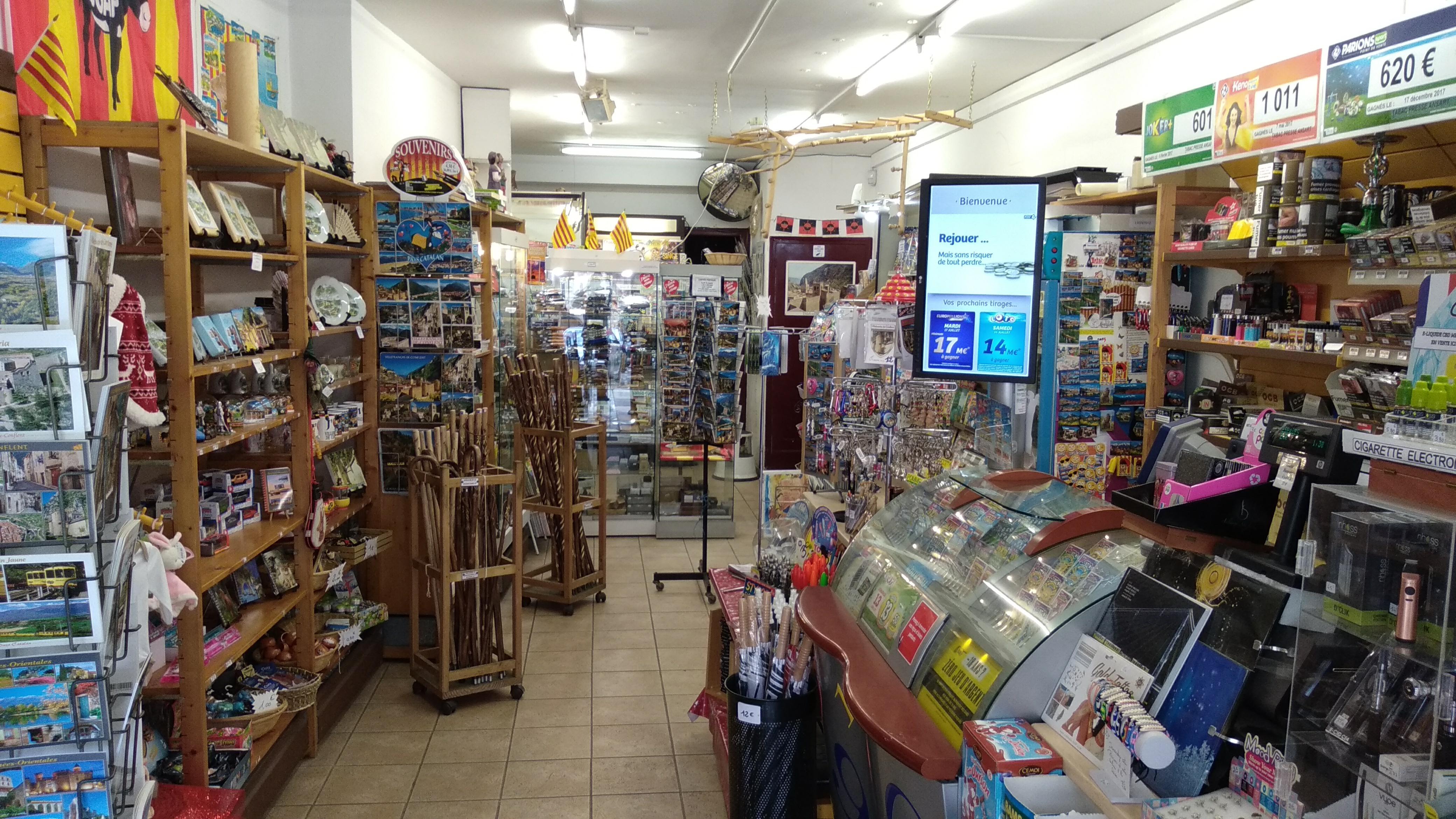 Vente Tabac, presse, loto et cadeaux ; activité ouverte à l'année, 40 m2 à Villefranche-de-Conflent (66500)