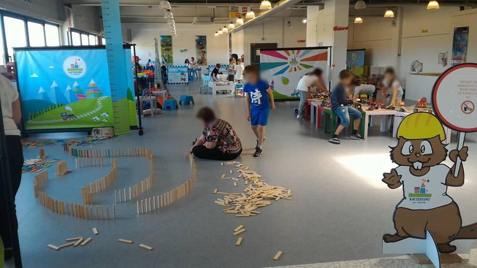 Vente Espace dédié aux jeux créatifs pour enfants et parents, 543 m2 près de Poissy (78300)