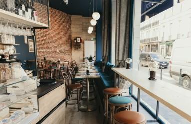 Vente Bar, restaurant et fromagerie licence IV 25 couverts avec terrasse dans la région de Brussels Hoofdstedelijk Gewest en Belgique