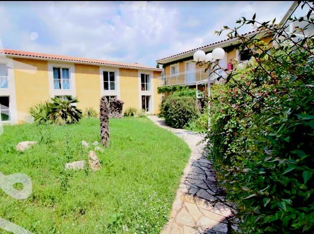 Vente Résidence hôtelière avec parking de 40 chambres dans les Bouches du Rhône (13)
