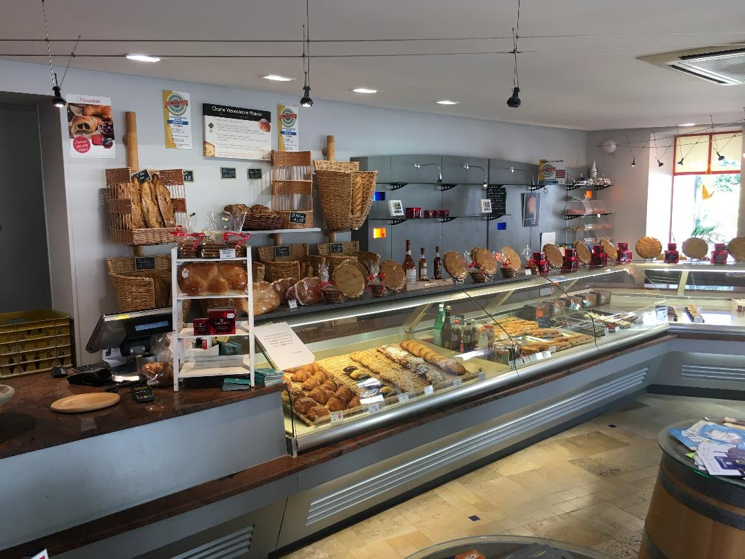 Vente Boulangerie-Pâtisserie et snacking, 300 m2 à Cognac (16100)