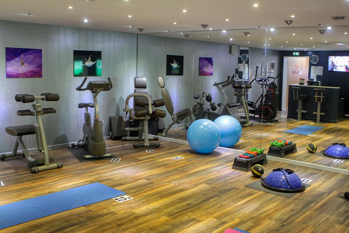 Vente Activités physiques et activités physiques adaptées, 150 m2 à Draguignan (83300)