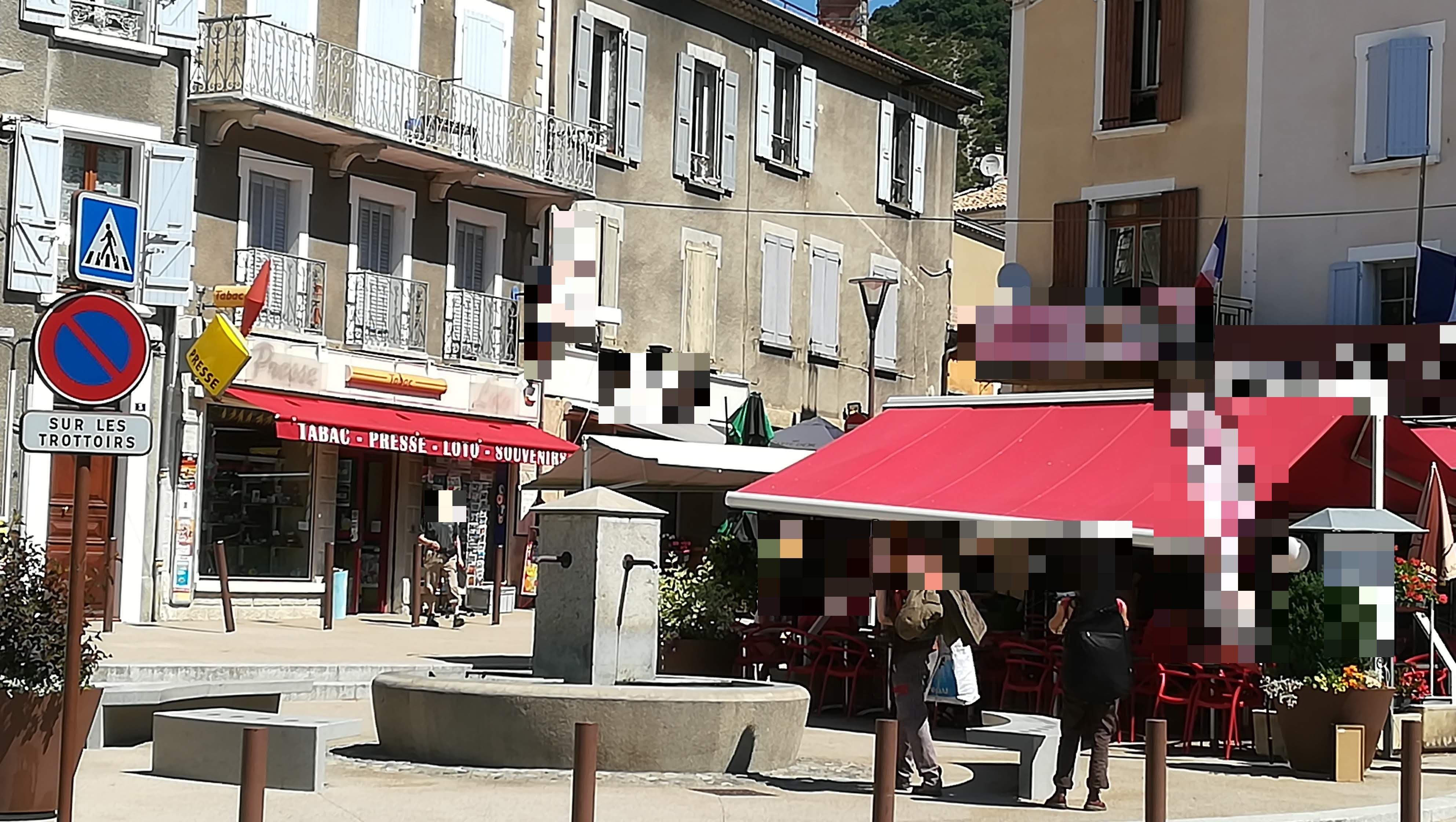 Vente Tabac, presse et loto, sans concurrence dans les Hautes Alpes dans un village touristique (05)