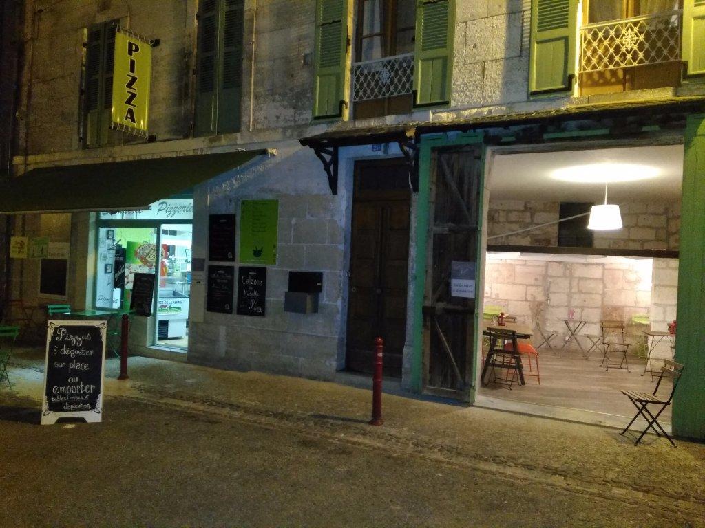 Vente Pizzeria à emporter ou à manger sur place, boisson, menu à Brantôme (24310)