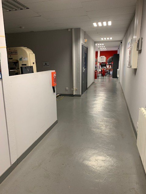Vente Bureaux / Locaux professionnels, 200 m2 à Villars (42390)