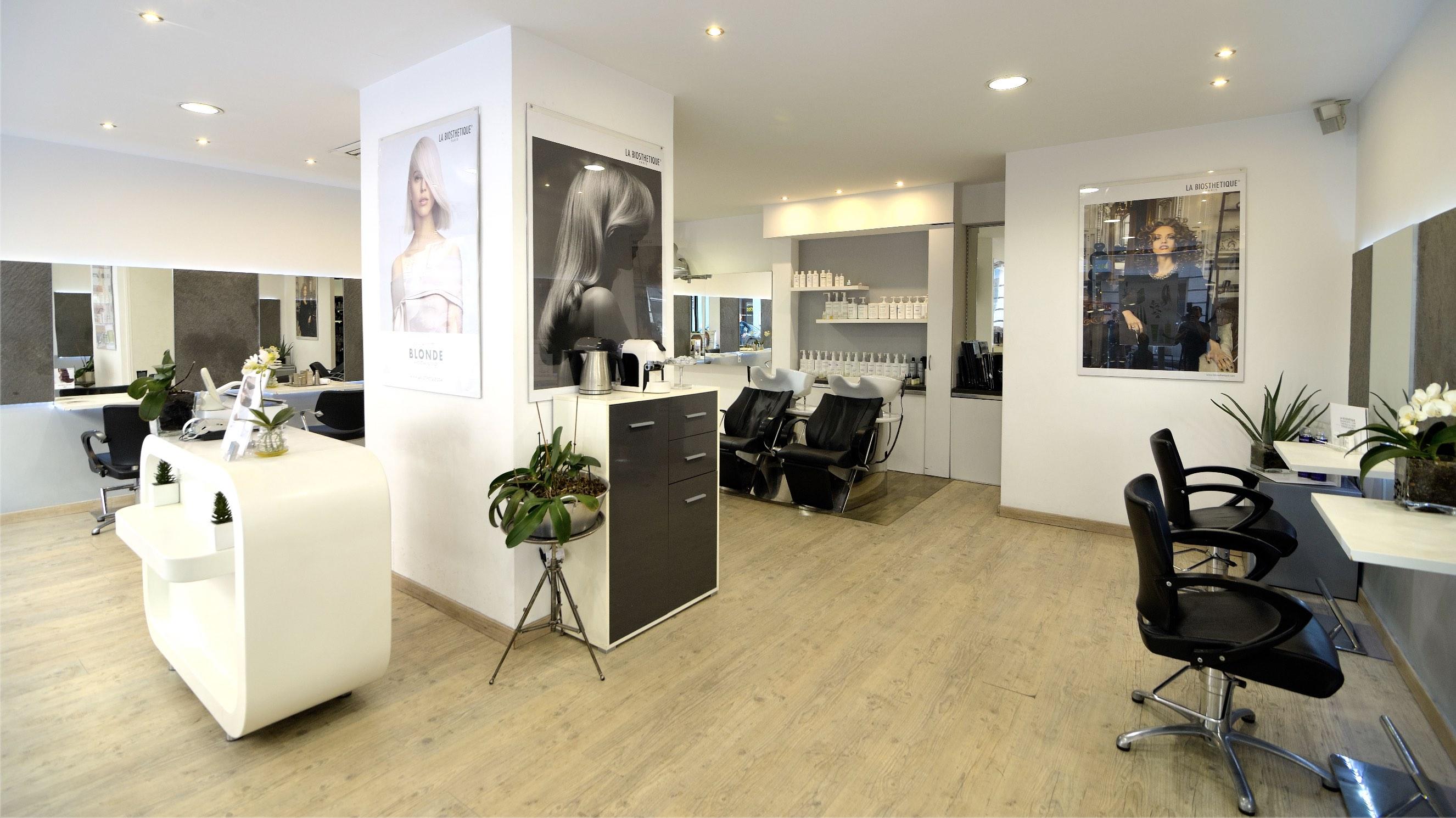 Vente Salon de coiffure avec esthétique et manucure emplacement au cœur de Nice