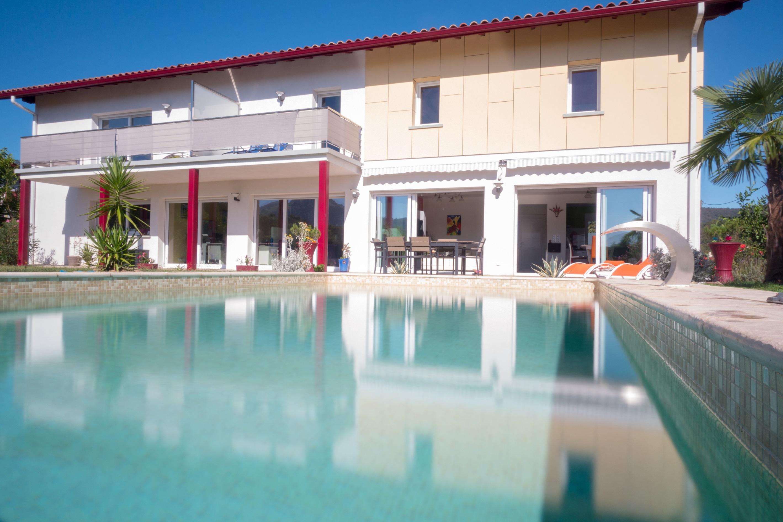 Vente 2 Gites meublés 3* et chambres d'hôtes à Saint-Jean-Pied-de-Port montagne, emplacement N°1 (64220)