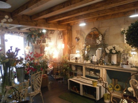 Vente d coration d 39 interieur cadeau montsoreau 49730 for Cadeau decoration interieur
